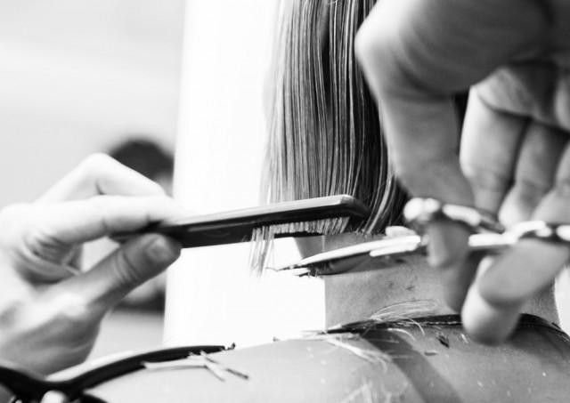 Curare i capelli rovinati: 10 abitudini da evitare e rimedi efficaci!