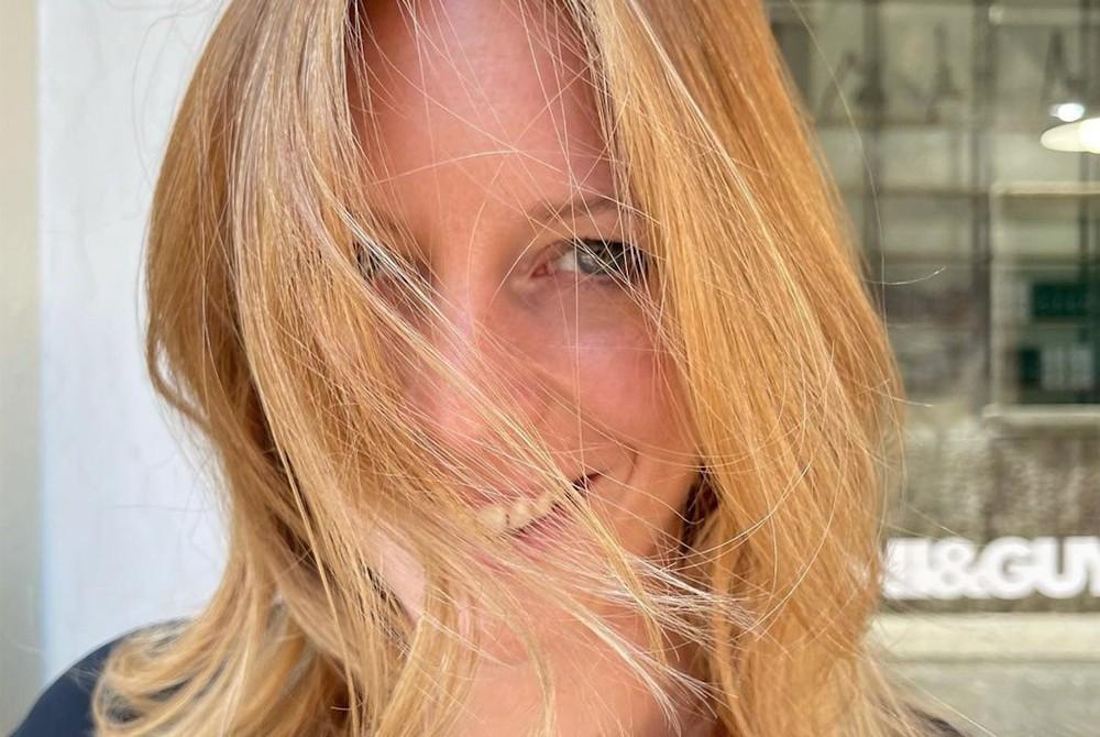 Come curare i capelli dopo l'estate: segui i nostri consigli e rimedi