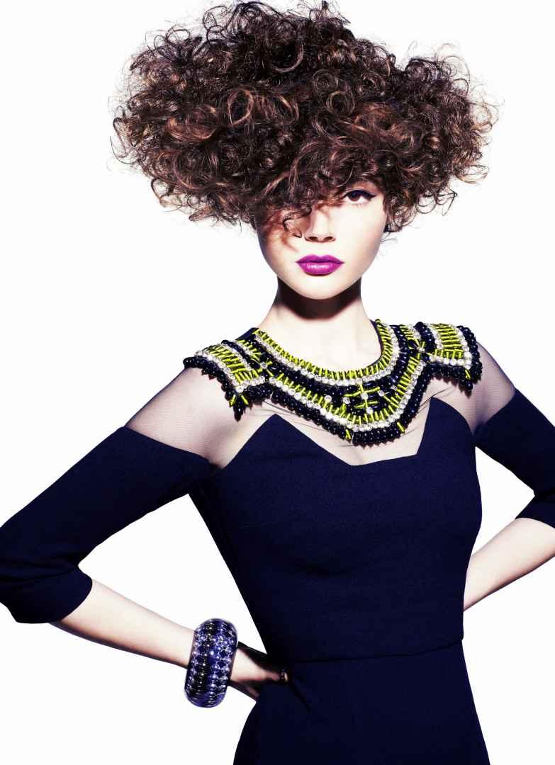 Cura dei capelli afro scopri i prodotti giusti e come gestirli ... 189ff6ba6b78