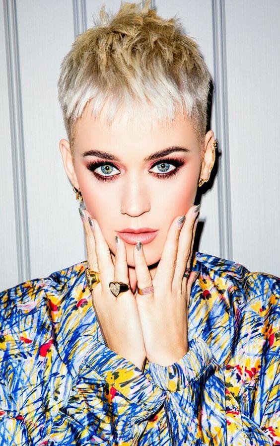 Katy Perry  Photo Pamela Capisciolto via Pinterest