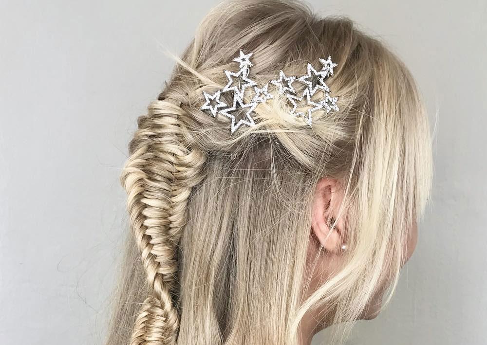 Scopri gli accessori per i capelli per l'acconciatura di capodanno!