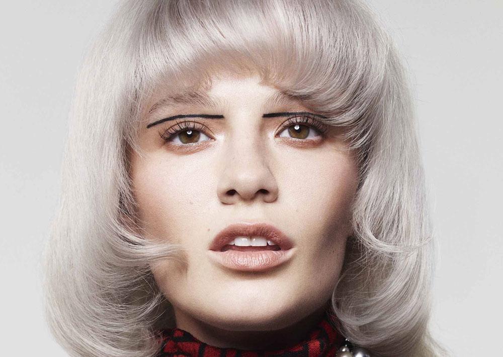 Silver Hair Tingere I Capelli Di Grigio è Il Colour Trend Più Cool