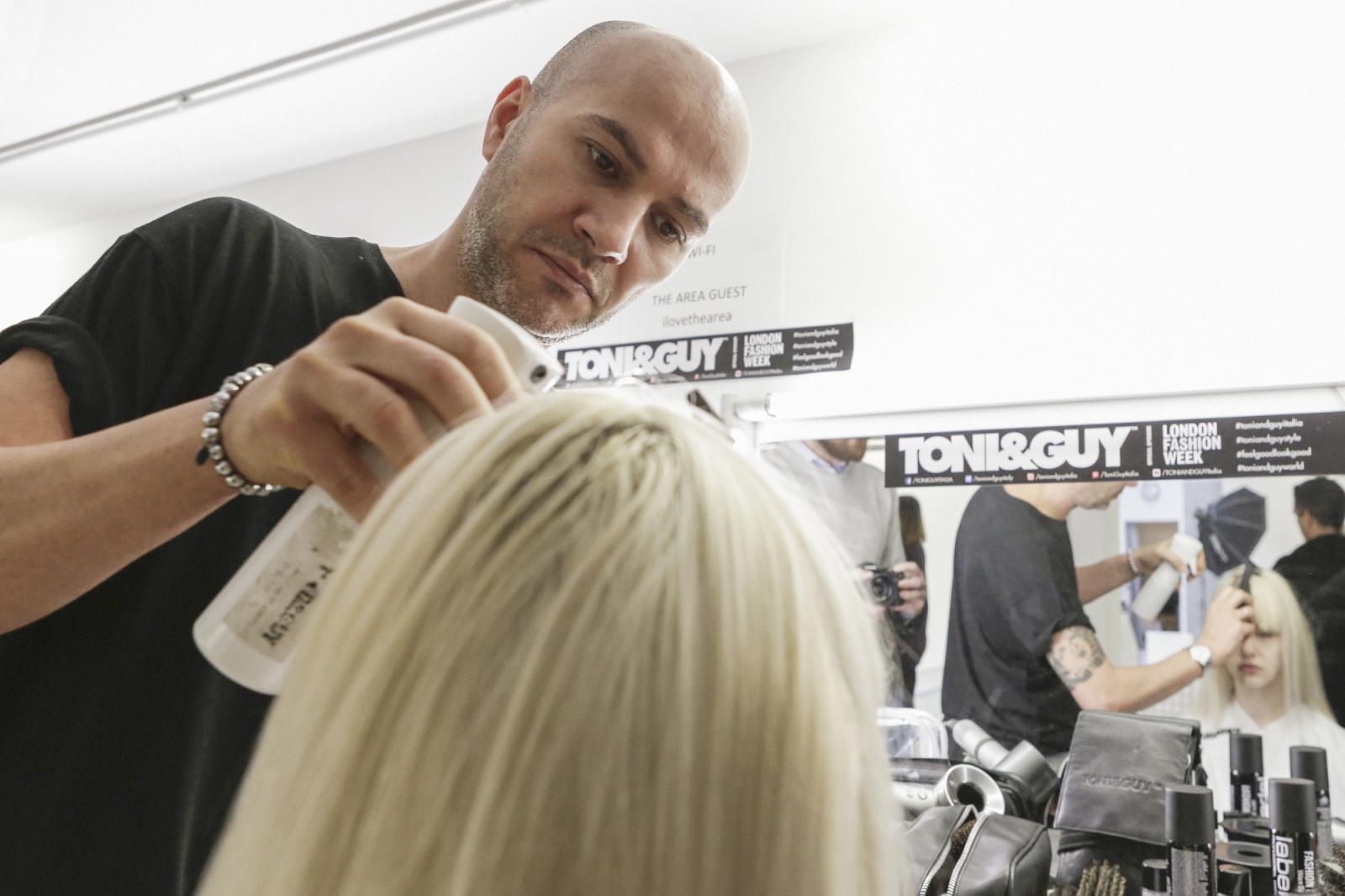 Denis Pichierri, Salon Manager e Creative Director del Salone di TONI&GUY Torino Principi
